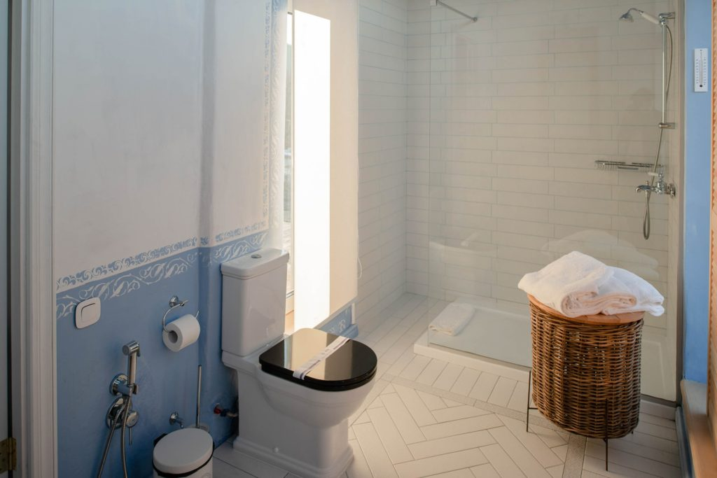 Toilet Installation And Remodel Seminole FL Pinellas County
